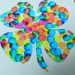 Pointillism technique : Positive and Negative clover